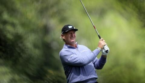 Huyền thoại Ernie Els tự phạt mình 2 gậy ở giải BMW PGA Championship