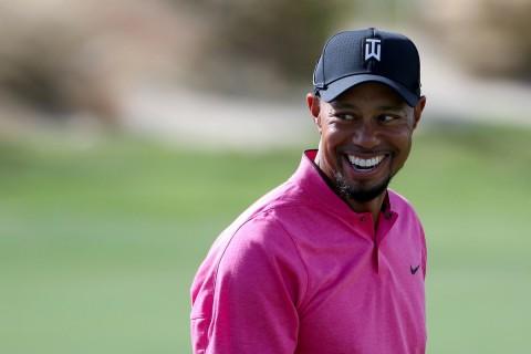 Tiger Woods sử dụng gậy gì tại Hero World Challenge