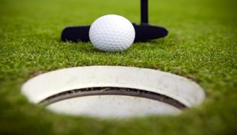 6 bước giúp golfer tự tin trên green
