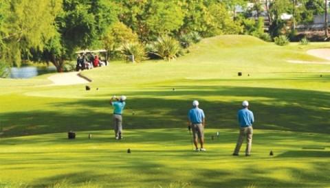Golf phong trào có đang loạn cả trào?