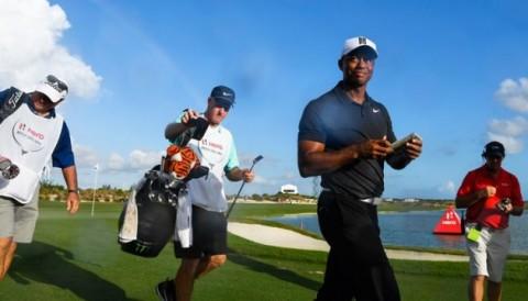Tiger Woods nhảy 531 bậc trên bảng xếp hạng World Golf Ranking