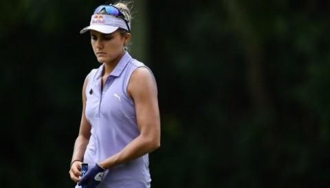 Lexi Thompson bị phạt 2 gậy trước khi ký scorecard giải Honda LPGA Thailand