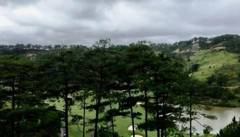 Vòng 3 VAO 2018 lùi 30 phút do trời mưa ở Đà Lạt