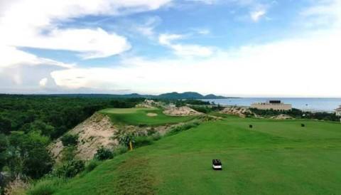 Sân golf The Bluffs Hồ Tràm nhận giải thưởng lớn trước khi VJO 2018 khởi tranh