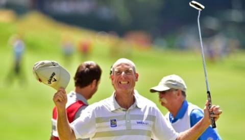 Số gậy đánh thấp nhất một vòng trên PGA TOUR là bao nhiêu?