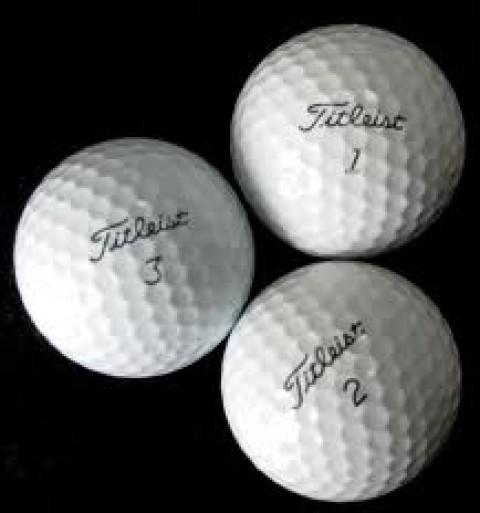 Chọn bóng Golf