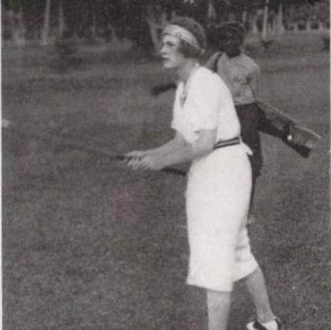 """Câu chuyện của """"Dì Kate"""" - tay golf nữ chuyên nghiệp đầu tiên"""