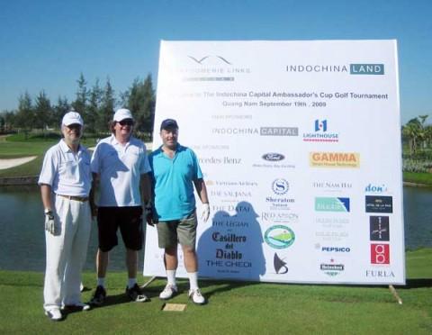 Quảng Nam: Đánh golf gây quỹ cho trẻ em nghèo hiếu học